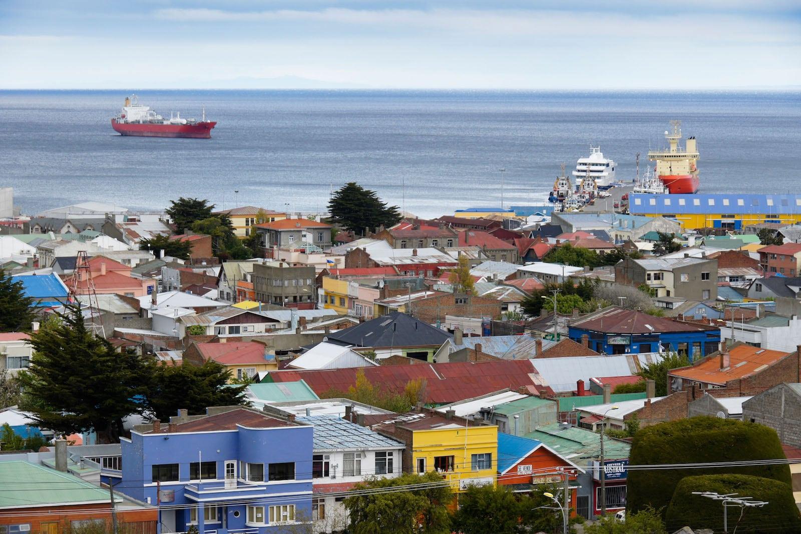 Punta Arenas, Chile. 350 kms