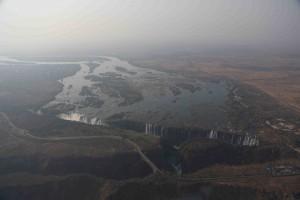 _13A4073 Vic Falls Upstream sm